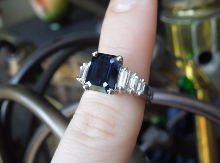 Platinum 4 carat Emerald Cut Sapphire Ring In Excellent Condition For Sale In METAIRIE, LA