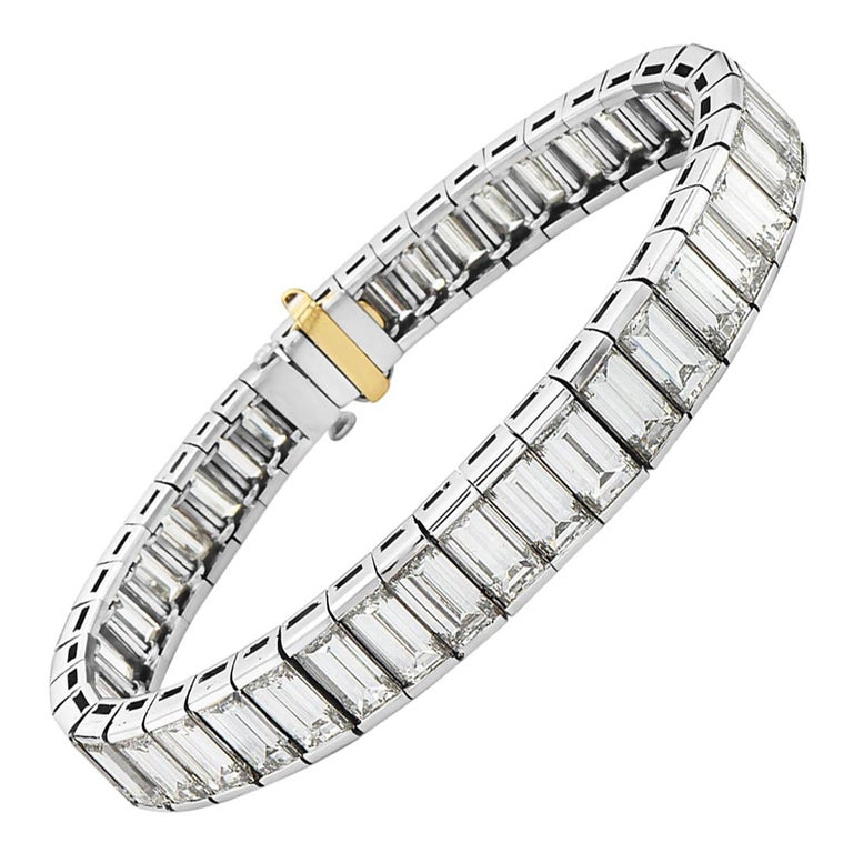 Platinum Graduated Baguette Tennis Bracelet For Sale