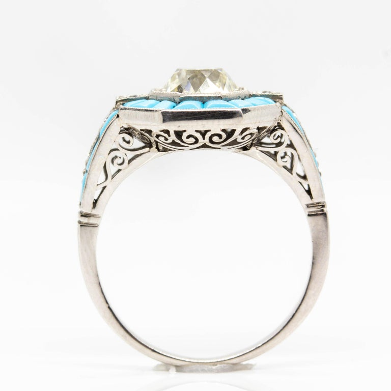 Platinum Handmade Antique Mine Diamond and Turquoise Ring In Excellent Condition For Sale In Miami, FL