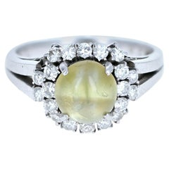 Platinum Natural Chrysoberyl Cats Eye and Diamond Ring 2.92 Carat 6.6g