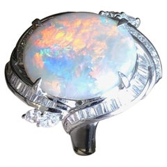 Platinum Natural Opal and Diamond Ring 7.57 Carat 14.5g