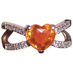 Platinum Natural Orange Heart Sapphire and Diamond Ring 2.31 Carat 6.4g