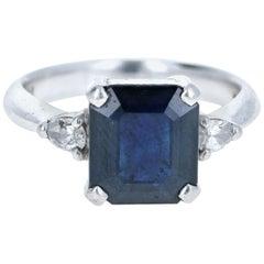 Platinum Natural Sapphire and Diamond Ring 3.72 Carat