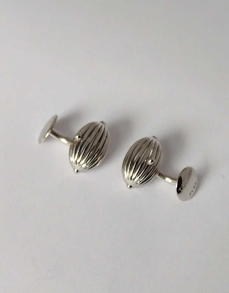 Platinum Oval Wire Sphere Cufflinks In New Condition For Sale In New York, NY