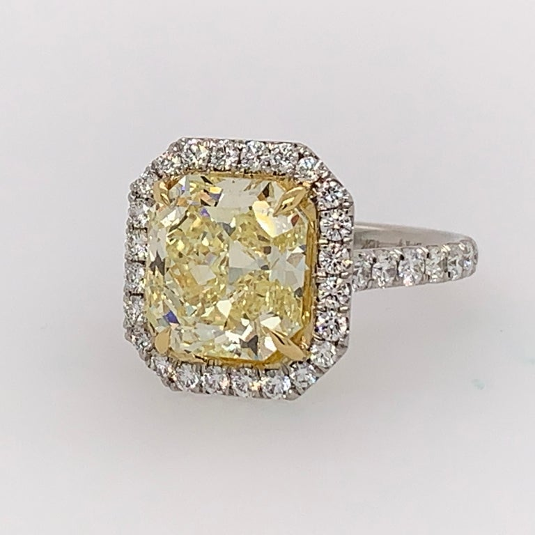 Radiant Cut Platinum Ring 4.05 Carat GIA Internally Flawless Radiant Natural Fancy Yellow For Sale