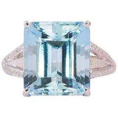 Platinum Ring with 8.73 Carat Emerald Cut Aquamarine