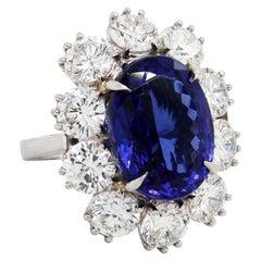 Platinum Ring with Diamonds and Tanzanite Center