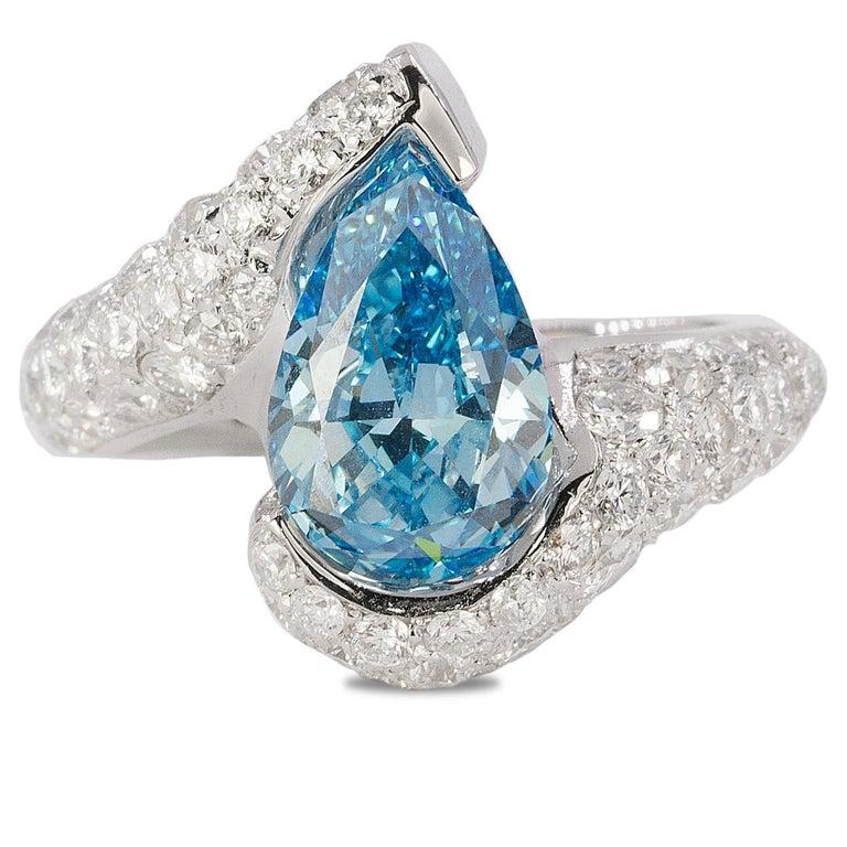 Women's or Men's Platinum Ring with Vivid Blue Diamond For Sale