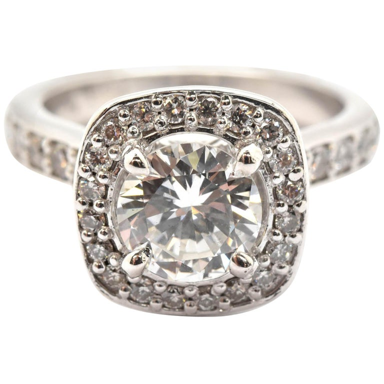 Platinum Round 0.98 Carat Diamond Engagement Ring with Diamond Halo and Mounting For Sale