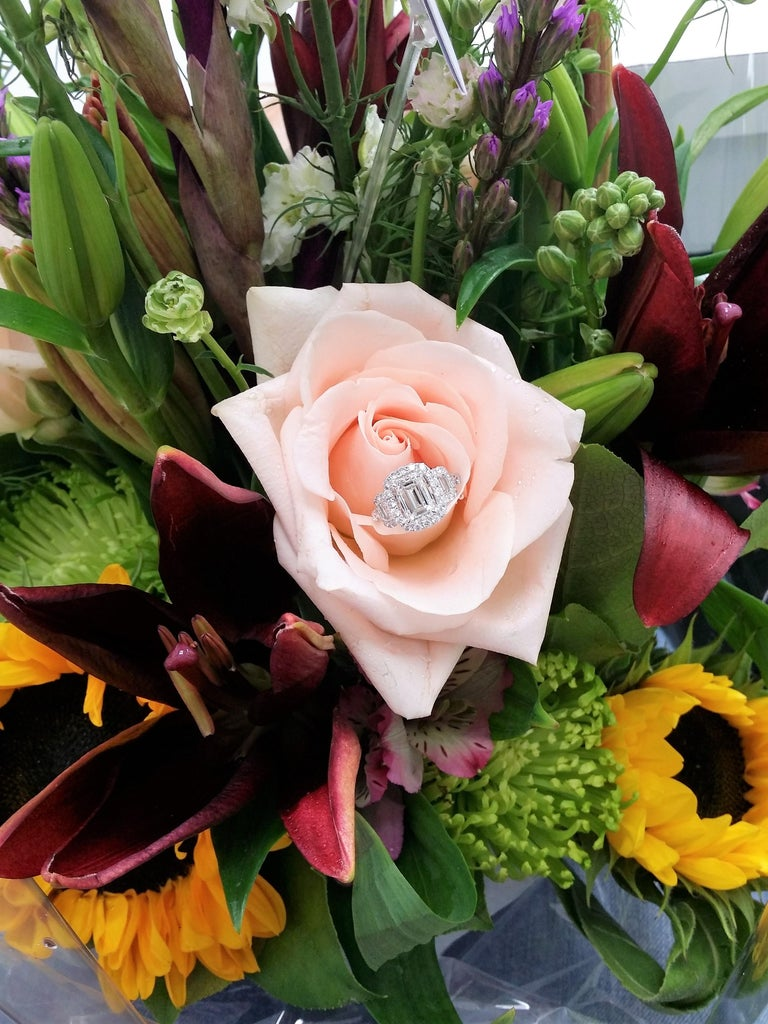 Platinum GIA Three-Stone Diamond Emerald Cut Engagement Ring For Sale 1