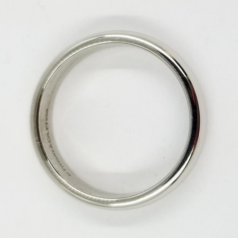 Platinum Tiffany & Co. Half Round Wedding Band In Excellent Condition For Sale In Coral Gables, FL