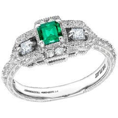 Platinum Vintage Style Emerald Diamond Cocktail Cluster Ring