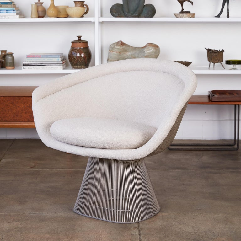Mid-Century Modern Platner Collection for Knoll Lounge Chair in White Bouclé