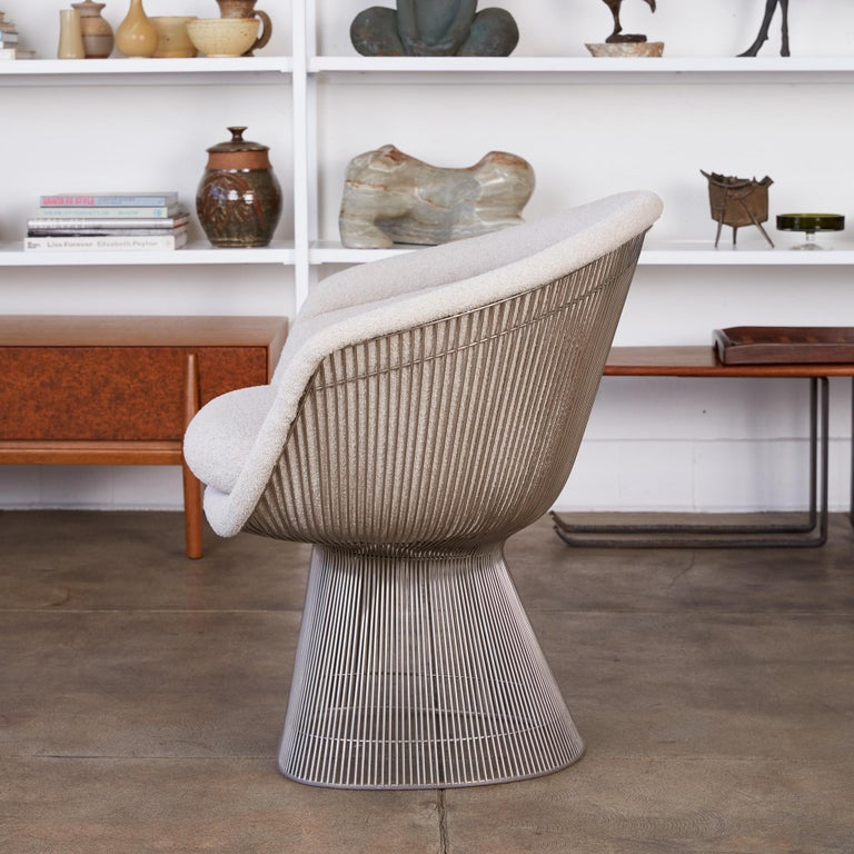 Platner Collection for Knoll Lounge Chair in White Bouclé In Excellent Condition In Los Angeles, CA
