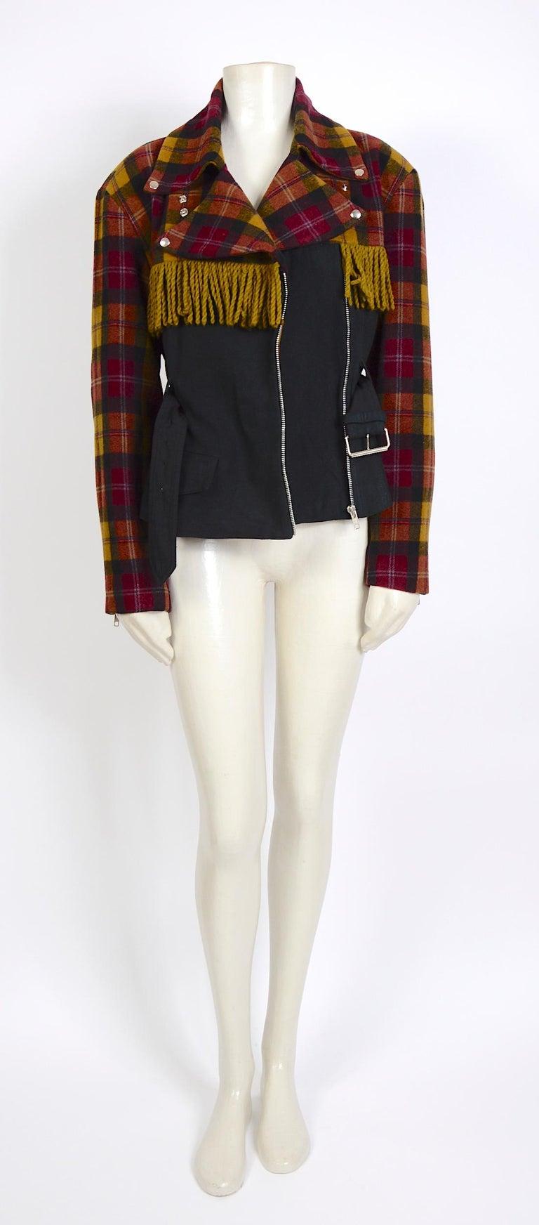 Plein Sud 1980s vintage wool fringed short belted jacket For Sale 2