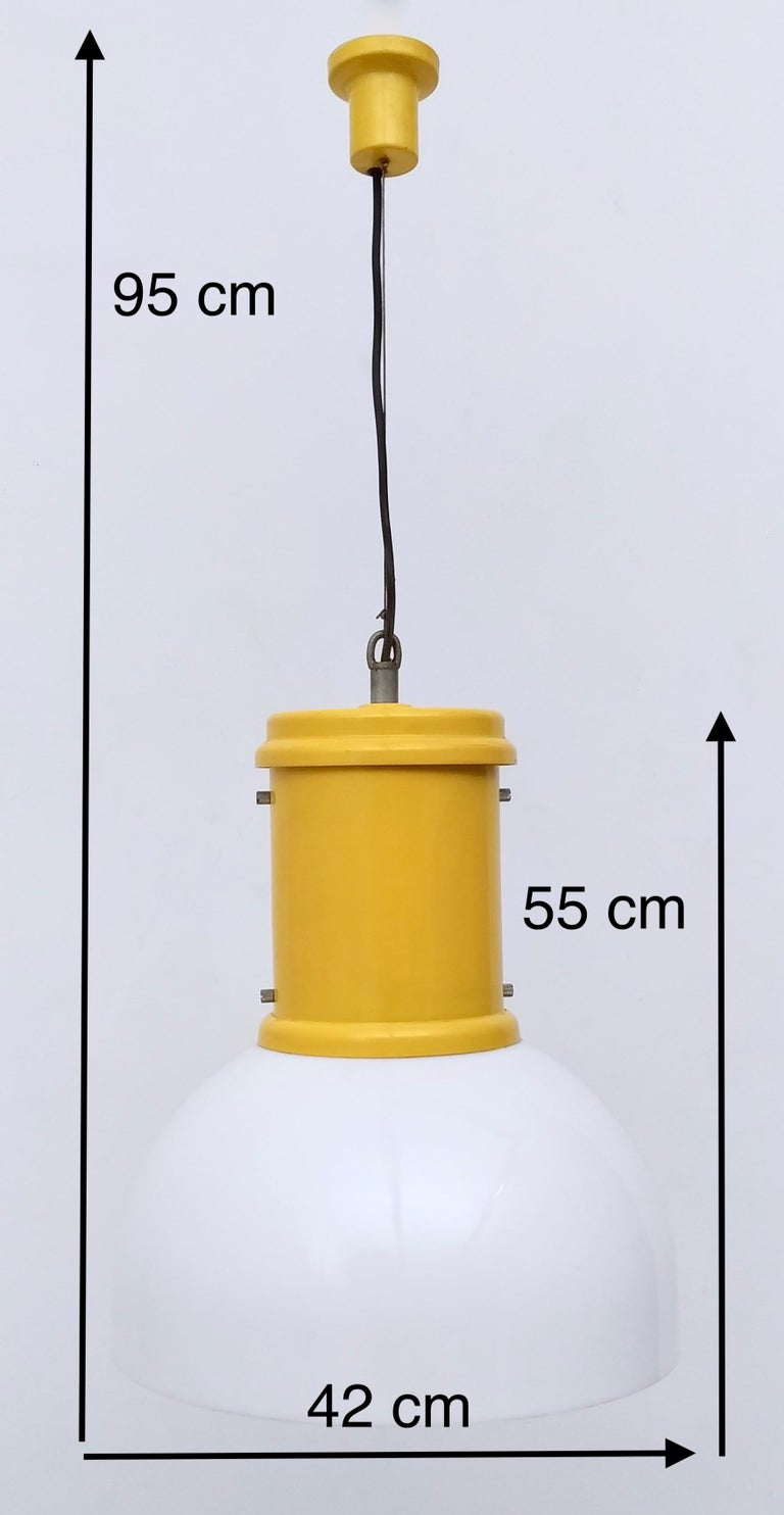 Plexiglass and Yellow Varnished Aluminum Industrial Pendant, Italy, 1970s For Sale 4
