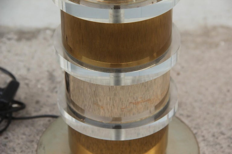 Plexiglass Metal Chrome Table Lamp, 1970s Italian design  In Good Condition For Sale In Palermo, Sicily
