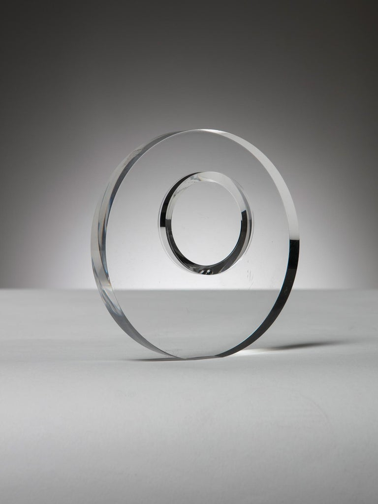 Remarkable plexiglass sculpture by Alessio Tasca for Fusina. Two circular shapes and a pair of freely movable metal spheres combined together creating endless refractions.