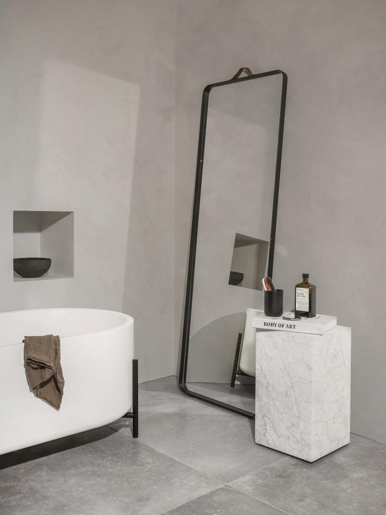 Plinth, Tall, White Marble For Sale 1