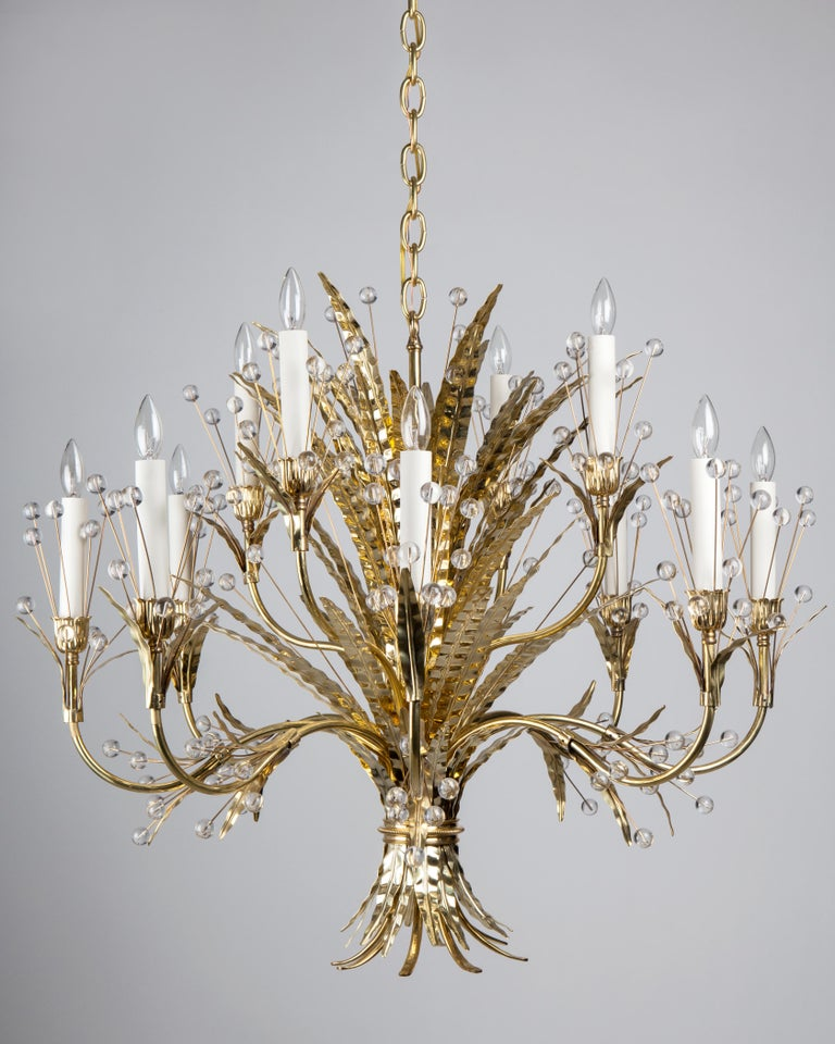 Thebouquet of feathers adorning the Plume chandelier call to mind the Rue de la Faisanderiein the 16tharrondissement of Paris, where a pheasant house once stood on the grounds of the Chateau de la Muette and where Tony Duquette decorated the home