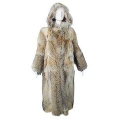 Plush Full-Length Copper Coyote Fur Overcoat with Detachable Hood – Med, 1970s