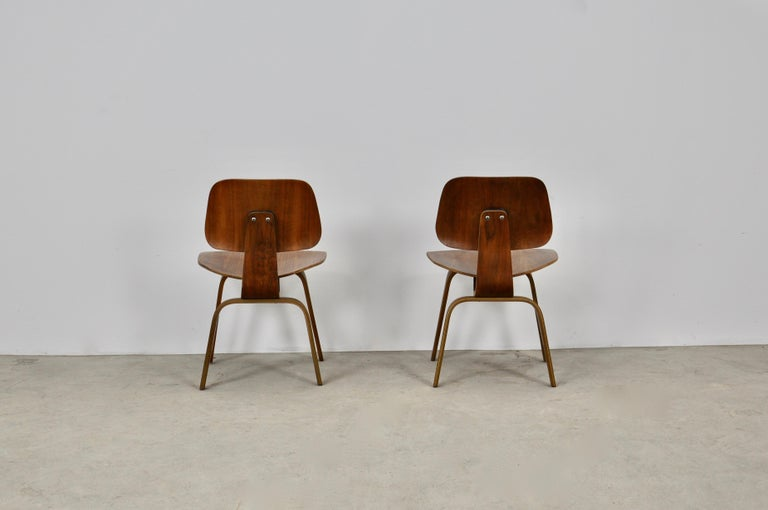 Plywood Chair DCW by Charles Eames for Evans 1950s For Sale 1