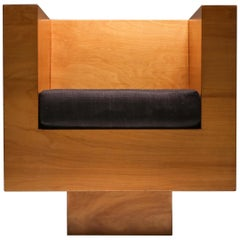 Plywood Cube Easy Chair