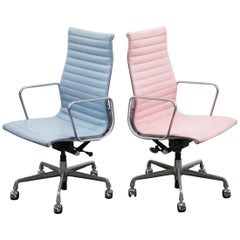 Pneumatic Extended Lift Aluminum Group Executive Chair by Herman Miller, Signed