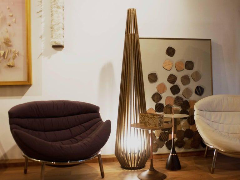 Point Brazilian Contemporary Wood Floor Lamp by Lattoog In New Condition For Sale In Rio de Janeiro, RJ