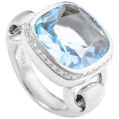 Poiray 18 Karat White Gold, Topaz and Diamond Indrani Ring