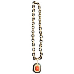 Poiray Necklace coral and diamonds