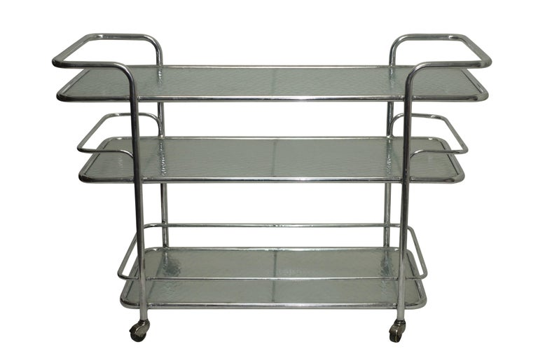 Polished Aluminum Food Service or Bar Cart, American, circa 1950 For Sale 2