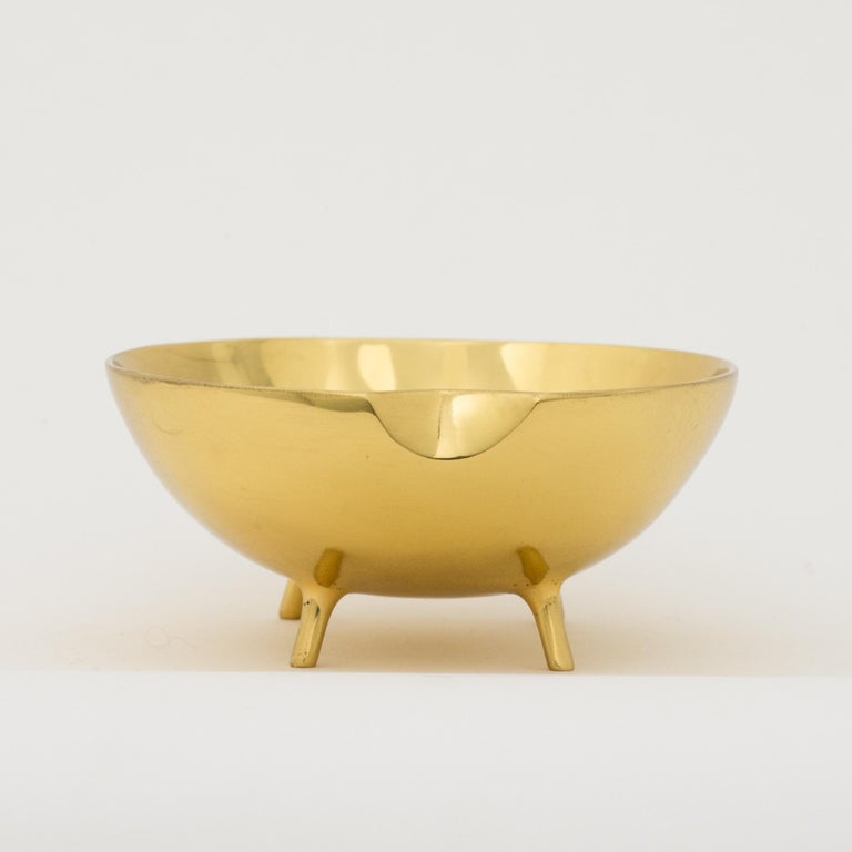 Polished Brass Bowl with Legs For Sale 2
