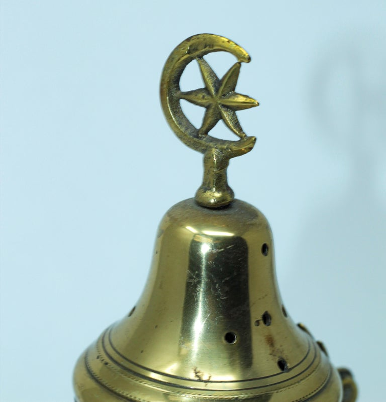 Polished Brass Incense Burner with Crescent Moon and Star Symbol For Sale 4