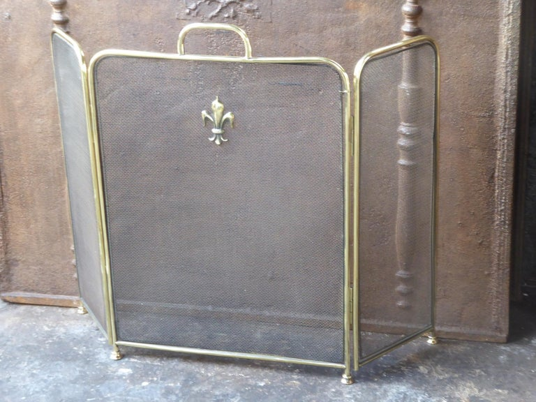 British Polished Brass Victorian Style Fireplace Screen or Fire Screen For Sale