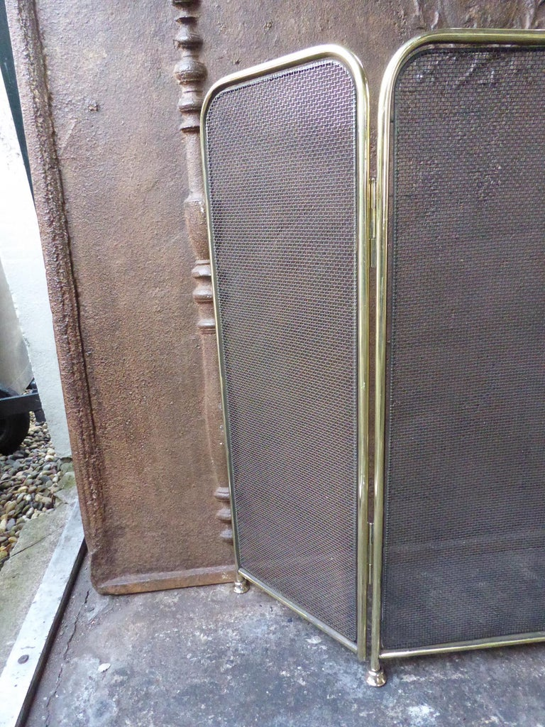 20th Century Polished Brass Victorian Style Fireplace Screen or Fire Screen For Sale