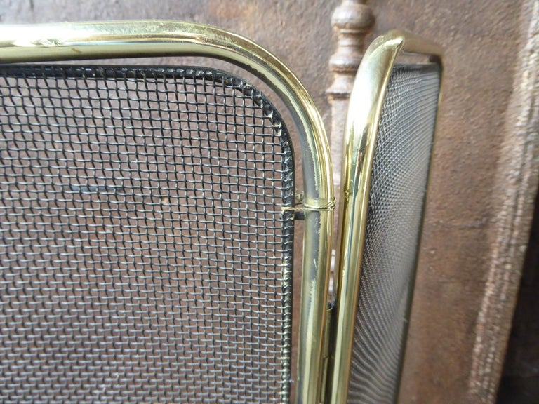 Polished Brass Victorian Style Fireplace Screen or Fire Screen For Sale 3
