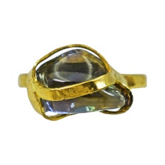 Polished Rough Sapphire 22 Karat Gold Cocktail Ring