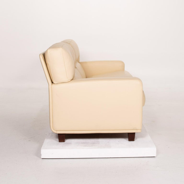 Poltrona Frau Leather Sofa Cream Two-Seat Couch For Sale 5