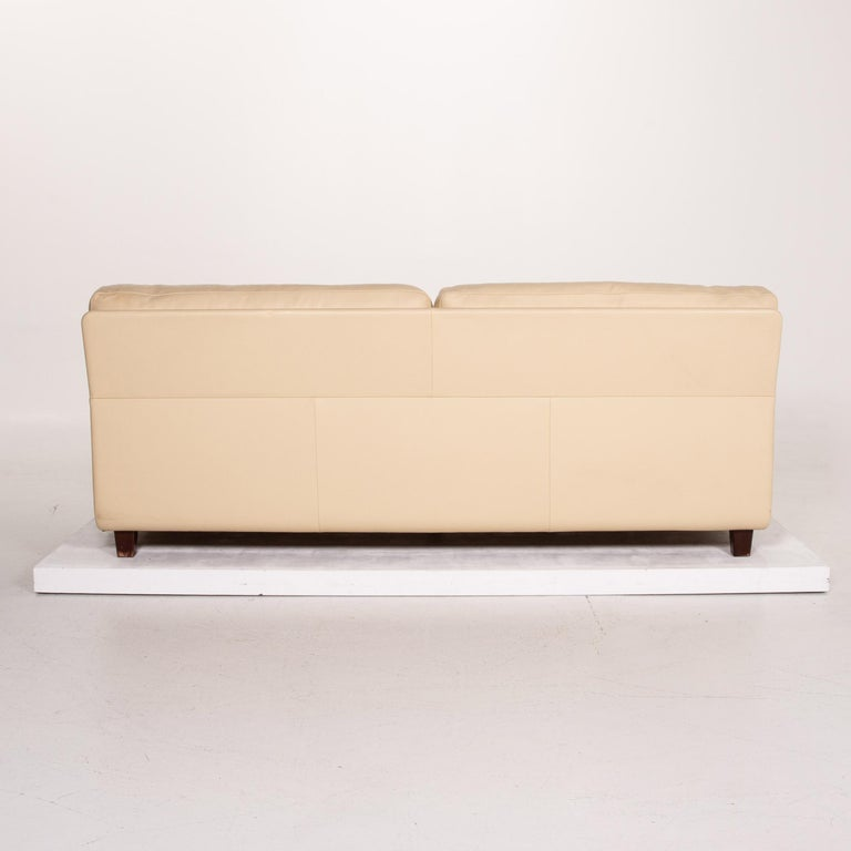 Poltrona Frau Leather Sofa Cream Two-Seat Couch For Sale 6
