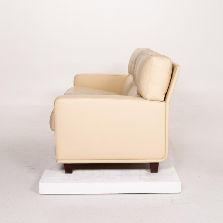 Poltrona Frau Leather Sofa Cream Two-Seat Couch For Sale 7