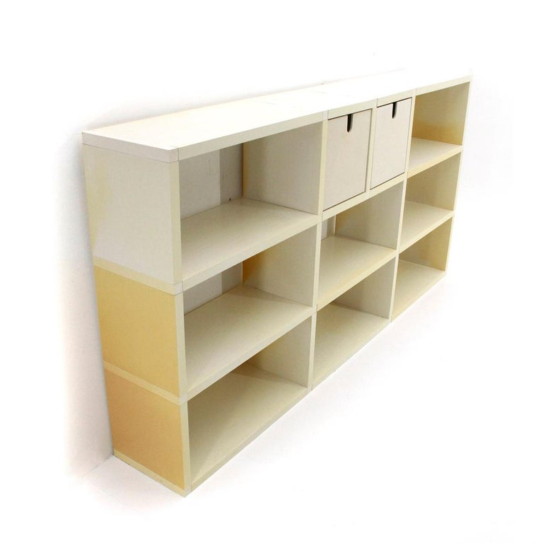 Library produced in the 1970s by Kartell, designed by Giulio Polvara.