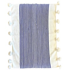 Pom Cotton White/Blue Blanket