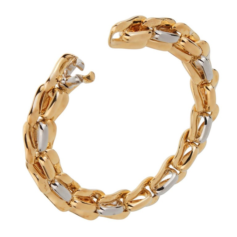 Pomellato Solid Gold 18 Karat Ladies Chain Link Bracelet In Excellent Condition For Sale In Feasterville, PA