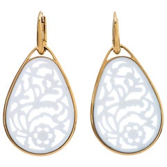 Pomellato Victoria Carved Agate 18k Rose Gold Drop Earrings