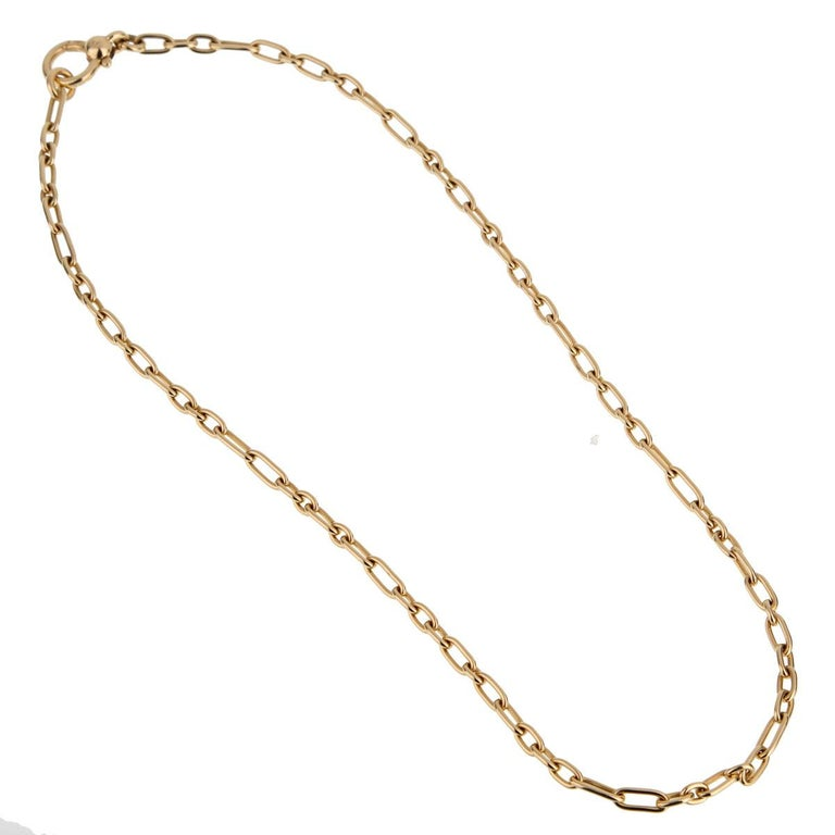 A vintage Pomellato yellow gold chain link necklace with alternating round and oval links measuring 16