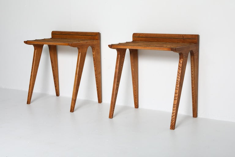 Mid-Century Modern Ponti Style Suitcase Holders in Oak and Brass, circa 1958 For Sale