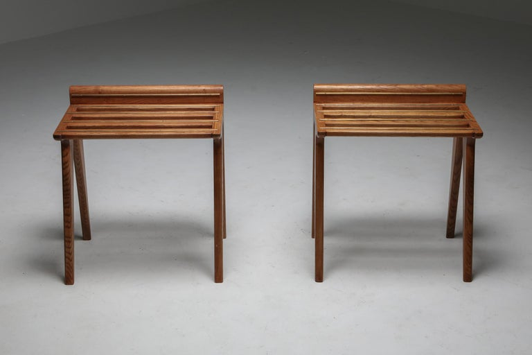 Ponti Style Suitcase Holders in Oak and Brass, circa 1958 In Excellent Condition For Sale In Antwerp, BE
