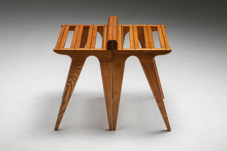 Ponti Style Suitcase Holders in Oak and Brass, circa 1958 For Sale 1