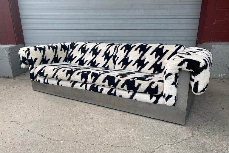 POP Modernist Button Tufted Sofa by Milo Baughman for Thayer Coggin Chrome Wrap For Sale 3